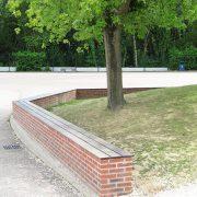 Banc muret (brique et bois)